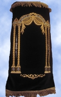 Torah Mantle 350